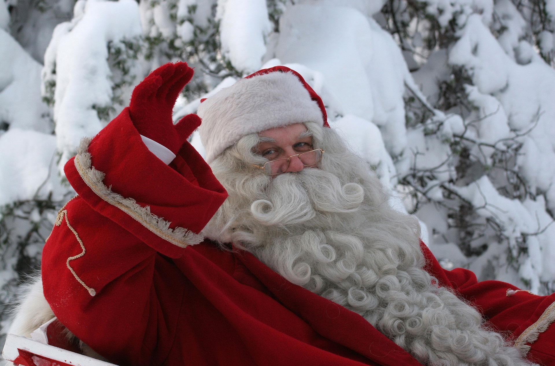 Storia Di San Nicola E Babbo Natale.Da San Nicola A Santa Claus La Vera Storia Di Babbo Natale