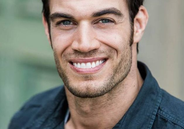 Evan Antin Veterinario sexy